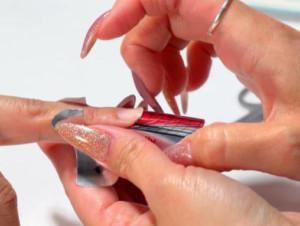 Моделирование/наращивание ногтей гелем