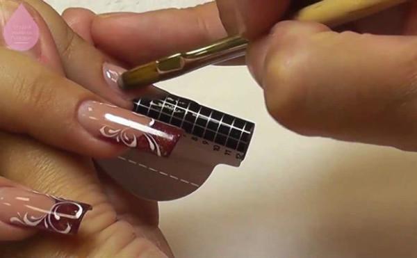 Моделирование ногтей на формах